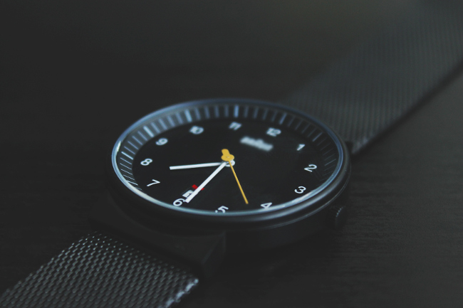 Álvaro Bernal Unsplash Watch